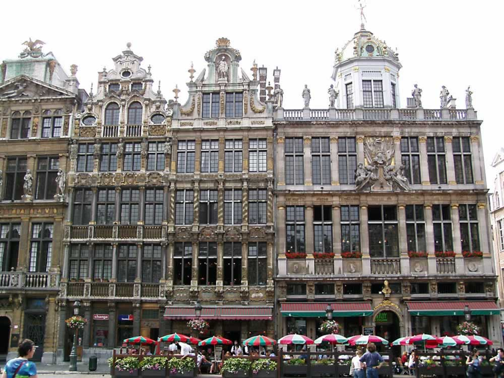 Le Grand-Place - amazing facade