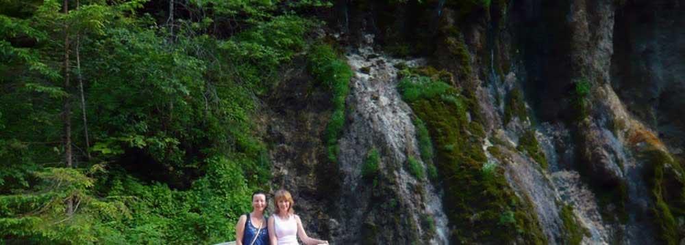 Cheile Gradistei waterfall