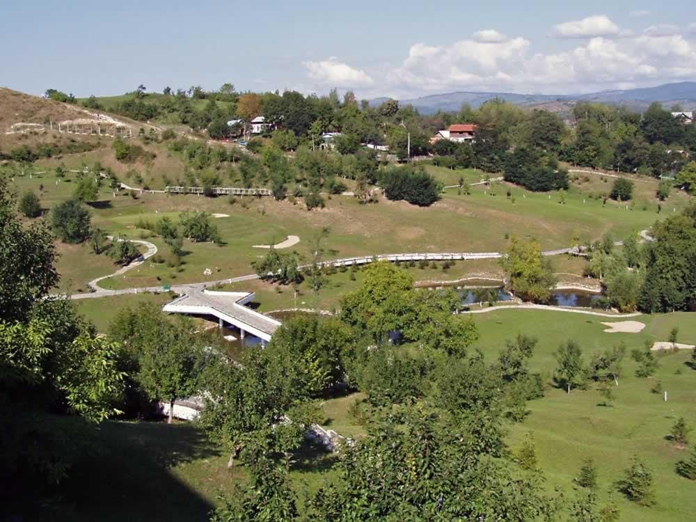 Lac de Verde golf course, Breaza, Romania