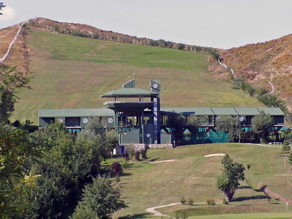 The golf school in Lac de Verde