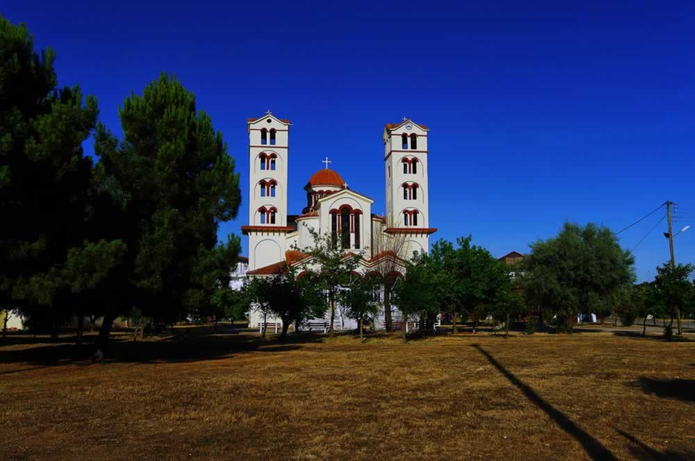 Nei Pori, Greece - the only church in town