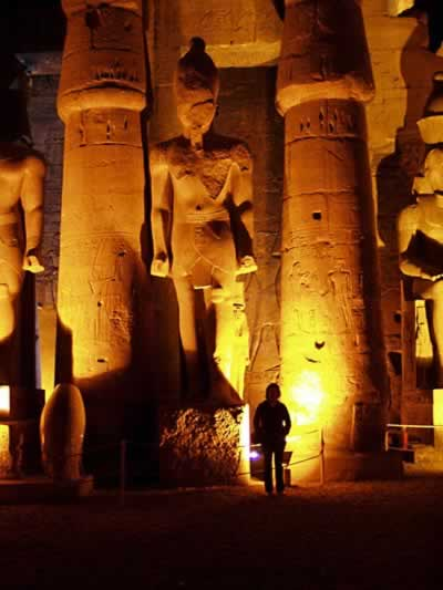 Luxor - giant pillars