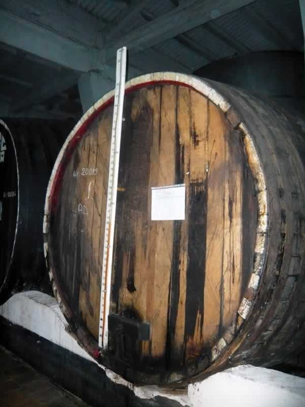 Brandy level in barrel