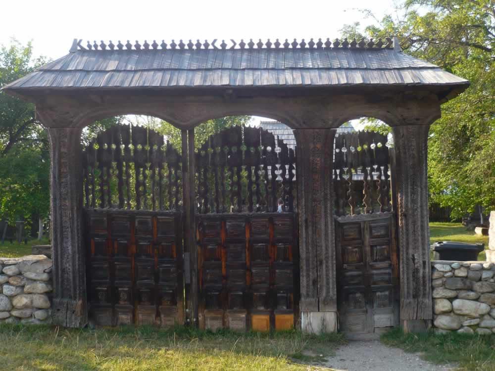 Gate of Constantin Brancusi Memorial House
