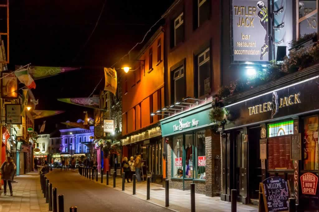 Killarney streets by night