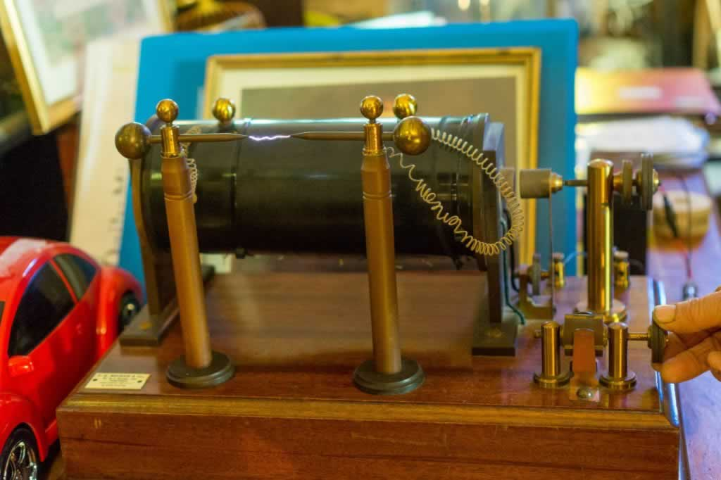 Marconi's Device For Electric Arc