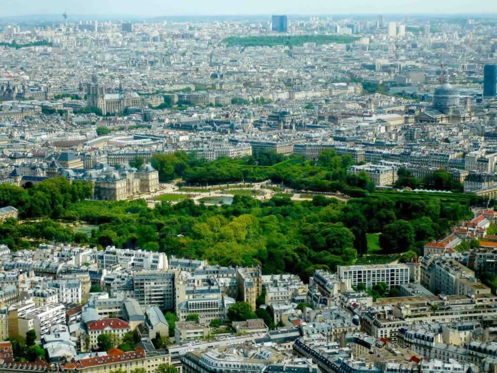 paris aerial view gardens