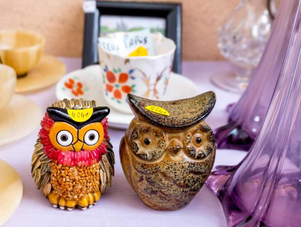 two owls flea market