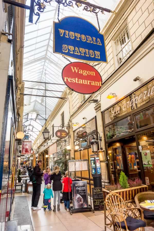 Passage Verdeau - Victorua Station Restaurant