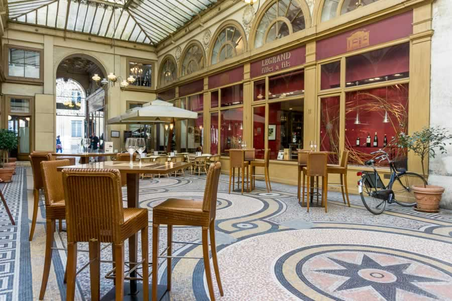 Restaurant in Galerie Vivienne, Paris, France