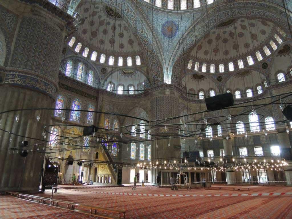 blue mosque istanbul interior