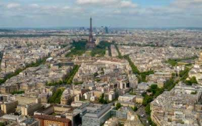 Montparnasse Tower – The Best View of the Eiffel Tower in Paris