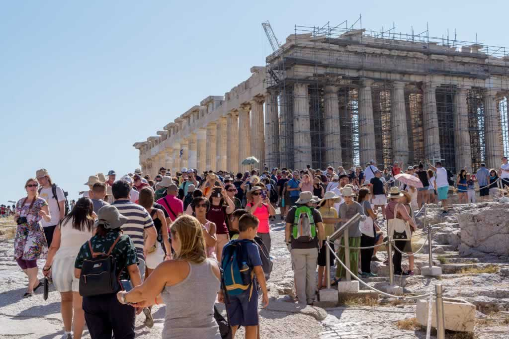 athens parthenon tourists