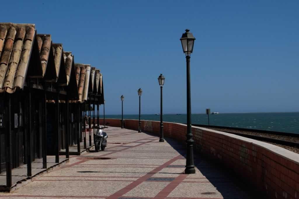 Faro seafront promenade
