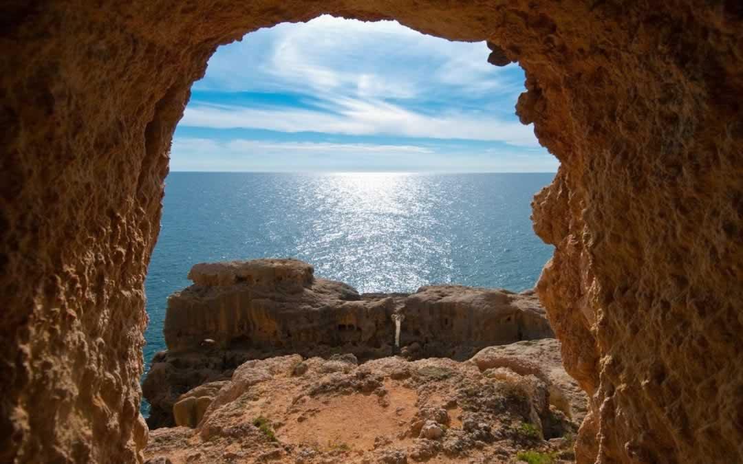 Portugal Algarve - beachscape