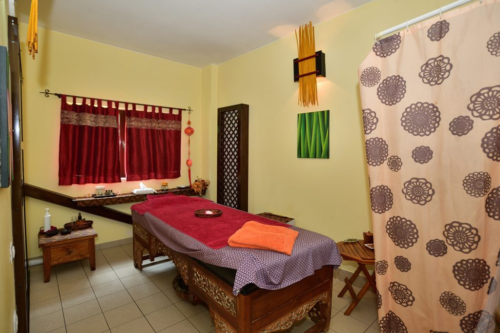 Bali medical spa massage therapy room