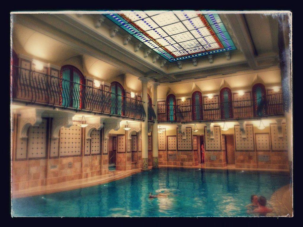 corinthia hotel budapest pool