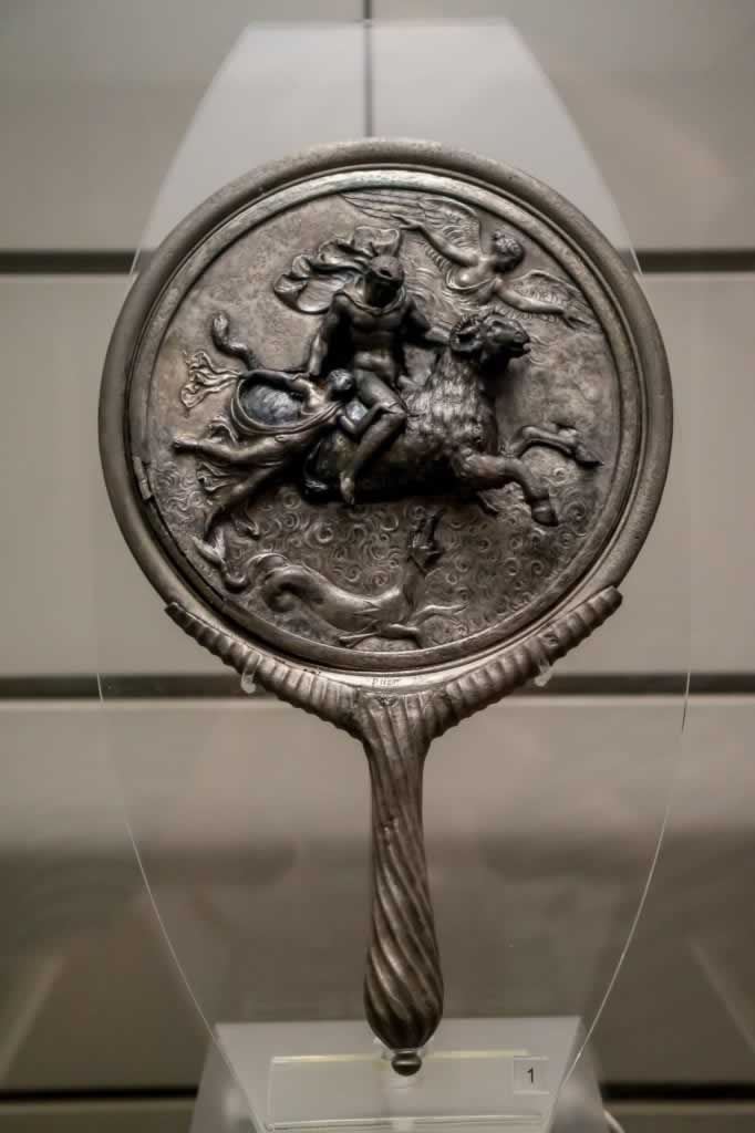 Diocletian Baths in Roma mirror artifact in the Roman Museum