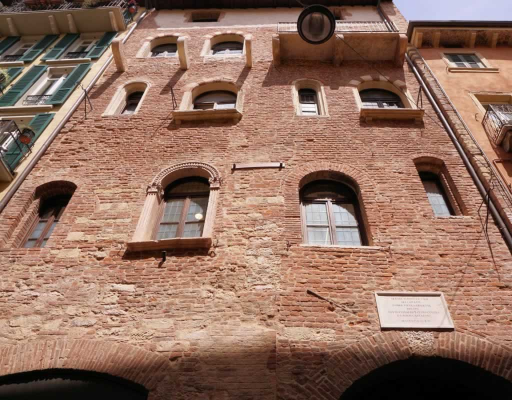 Verona as part of a two-week Northern Italy itinerary