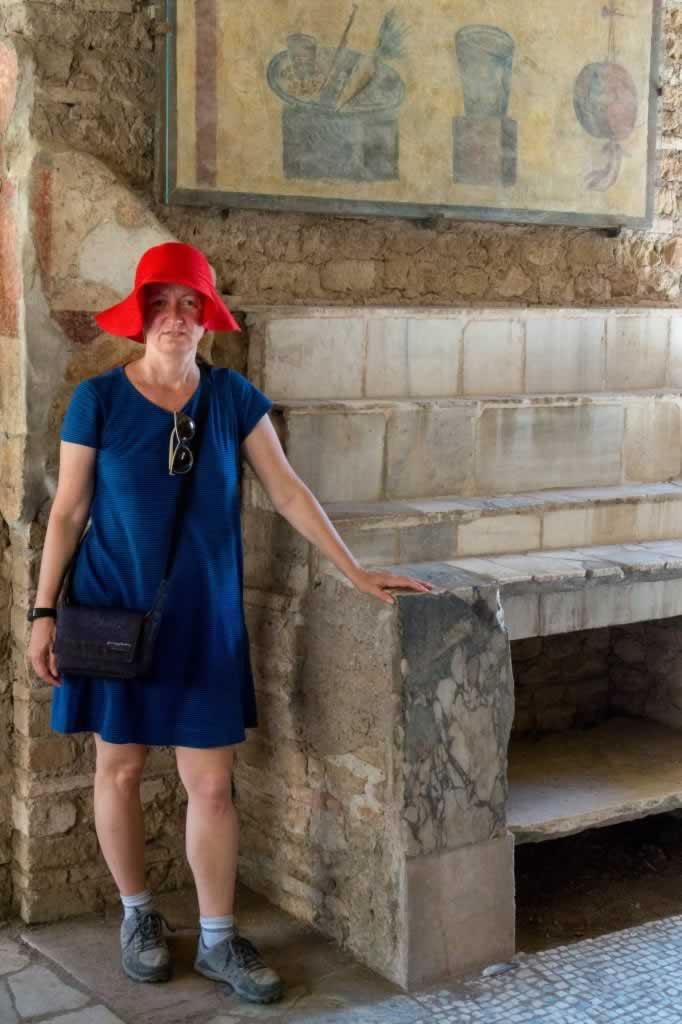 Thermopolium of Via di Diana (Taberna), Ostia Antica