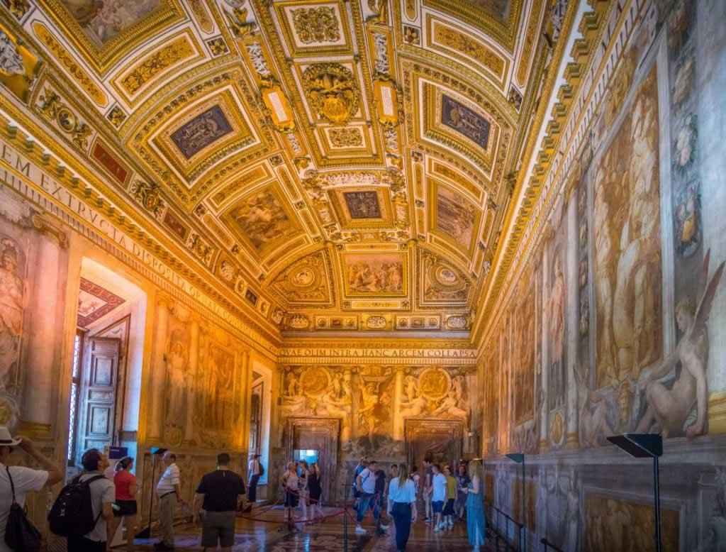 Castel Sant' Angelo the Paolina Room