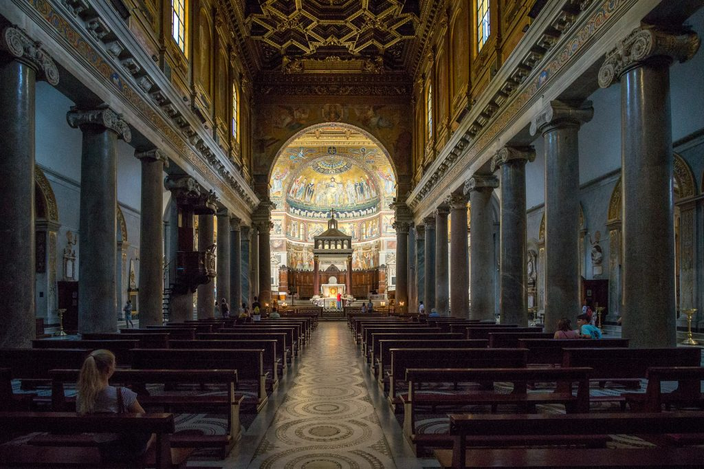 Santa Mari in Trastevere- inside the church