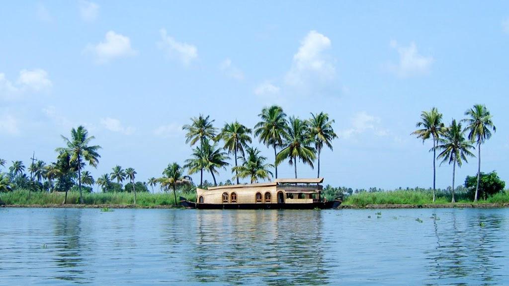 Kumarakom hosueboat on water in Kerala, India